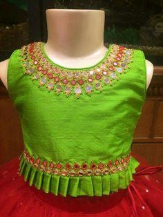 Red Mirror Lehenga Green Blouse Source by salwaarscom Blouses Kids Dress Wear, Kids Gown, Dresses Kids Girl, Kids Outfits, Kids Frocks Design, Baby Frocks Designs, Kids Lehanga Design, Baby Lehenga, Kids Lehenga Choli