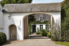 French Country Exterior, Country Home Exteriors, Modern French Country, French Country House, French Farmhouse, Country Houses, Modern Home Exteriors, House Exteriors, Country Style
