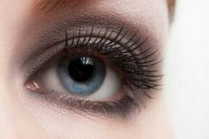 There's nothing better than a smoky eye for a festive occasion. Keep reading to see how to attain this look to perfection