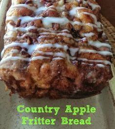 Its apple-picking season! Our newest, most autumnal favorite way to enjoy the fresh-picked fruits? This simple-to-make Apple Fritter Bread! This country apple fritter bread is absolutely the best I have ever had! Bon Dessert, Dessert Bread, Dinner Dessert, Quick Dessert, Dessert Drinks, Fall Recipes, Sweet Recipes, Top Recipes, Desert Recipes
