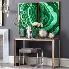 A match made in heaven with @julianchichesterusa's eglomise mirrored Temple console and @madegoods Roger Bench in grey hair on hide and chrome. #LauraLeeCkarkID #DallasDesignDistrict #InteriorDesign #julianchichester #MadeGoods