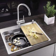Spülen Stove, Kitchen Appliances, Room Interior Design, Homes, Essen, Diy Kitchen Appliances, Home Appliances, Range, Kitchen Gadgets