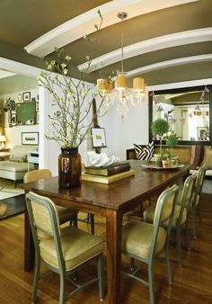 the dining room of jayson home's devin kirk in CS Interiors.