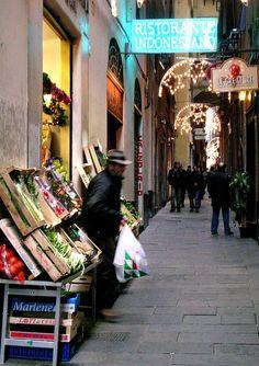 via di Canneto il Lungo, Genova, Italy, suggestioni uniche di incontri che profumano di antico.