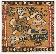 Tapisserie au sacrifice d'Isaac  Vlle-VIIIe. Tapisserie en lin et laine  H. 0,26 ; L. 0,12  scènes de l'Ancien et du Nouveau Testament, ornaient les tissus d'ameublement mais également les vêtements. C'est ainsi que l'impératrice Théodora, femme de l'empereur Justinien (527-565), se fit représenter sur la mosaïque de Saint-Vital à Ravenne vêtue d'un manteau orné d'une adoration des Rois Mages.  Ce tissu au sacrifice d'Isaac a très bien pu faire partie d'un décor de tunique.  Lyon, MT