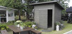 Pihavarasto Backyard Storage Sheds, Backyard Sheds, Backyard Garden Design, Small Shed Plans, Ranch Remodel, Bike Shed, Small Buildings, Outdoor Gardens, Home And Garden