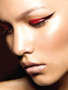 liner red-black