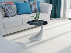 New Contemporary High Gloss Glass Coffee / Side Table in CLEAR OR BLACK GLASS (White Black Glass) Limitless Base http://www.amazon.co.uk/dp/6041391808/ref=cm_sw_r_pi_dp_gX57ub0PJAG35