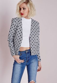 Rosey Geo Cropped Jacket Monochrome - Coats And Jackets - Missguided