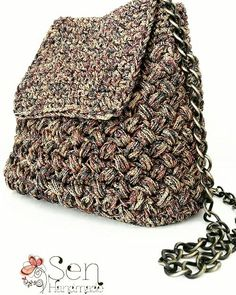 Handmade crochet backpack ... Can be converted into a crossbody bag simply by changing the position of the chains. Discover more and buy on-line at www.senhandmade.com