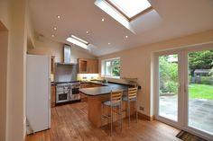 TO LET  4 Bed, 2 Bathroom House in #Beckenham  http://www.vincentchandler.co.uk/properties-to-let/property/5652800-clockhouse-road-beckenham