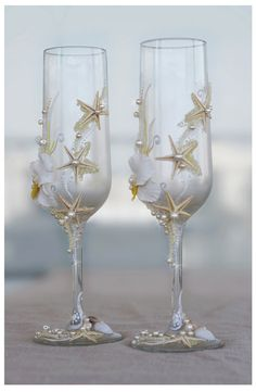Pearl Wedding Glasses. Wedding champagne glasses hand painted. Champagne Glasses…