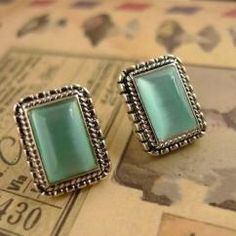 SILVER PLATED GEM EARRING