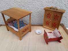 Alter Schlafzimmer-40/50er Jahre-Puppenhaus-Puppenstube Möbel Bauernmalerei    eBay