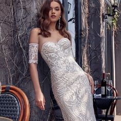 Sophisticated #JulieVino #vakkowedding #bridal Bridal Collection, Dress Collection, Fit And Flare Wedding Dress, Bridal Boutique, Formal Dresses, Wedding Dresses, Dress For You, Bridal Gowns, Instagram