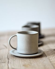 Jono Smart cup in pale grey Ceramic Coffee Cups, Stoneware Mugs, Ceramic Mugs, Earthenware, Ceramic Art, Coffee Mugs, Pottery Mugs, Ceramic Pottery, Pottery Ideas