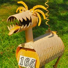 Dragon mailbox - by LaFoRg Country Mailbox, Rural Mailbox, Mailbox Post, Mailbox Ideas, Funny Mailboxes, Unique Mailboxes, Custom Mailboxes, Mailbox Makeover, Junk Art