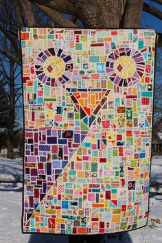 Owl quilt. A cool idea for sketching out a motif and then piecing to fill in the sections.