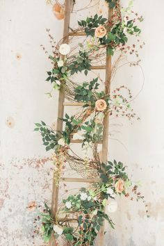 North Carolina Providence Cotton Mill Wedding — Vintage Wedding Decor Details - The Overwhelmed Brid