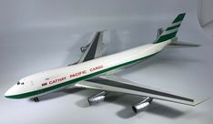 JC Wings Cathay Pacific 747-236 VR-HVY Item # XX2858