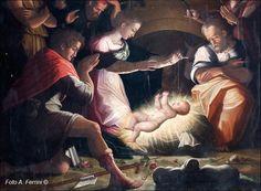 Due elementi di particolare interesse nella Natività di Giorgio Vasari.