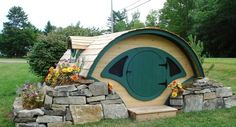 The Woodshire Hobbit Hole - Take My Paycheck | The coolest gadgets, electronics, geeky stuff, and more!