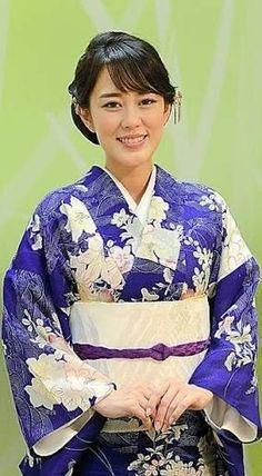 Yukata, Kimono, Japanese, Singer, Google, Japanese Language, Singers, Kimonos