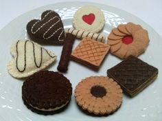 Felt food set cookies biscuits tea party / wool by DusiCrafts