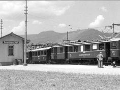 Hauptbahnhof Solothurn Schwarz-weiss Bild Zug