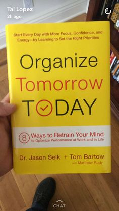 Organize Tomorrow Today: 8 Ways to Retrain Your Mind to Optimize Performance at Work and in Life Books To Buy, I Love Books, Good Books, Books To Read, My Books, Book Suggestions, Book Recommendations, Book Club Books, Book Nerd