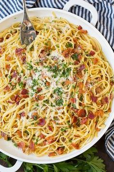 Pasta carbonara is one of those simple dinners we should all know how to make. It's the perfect go to for a busy weeknight andit's also a dish fit for the