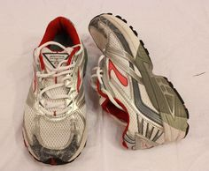 Brooks Adrenaline GTS 9 Womens Athletic Fitness Running Shoes Light US 10 Floral #Brooks #RunningCrossTraining