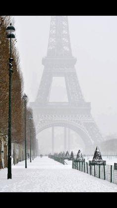 Romantic winter walk in Paris