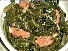 Southern food lovers try this special dish with collard green and turkey. This video prepares this wonderful recipe which is very healthy and filling. Broccoli and cabbage can also