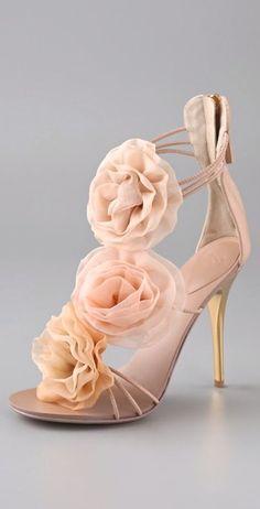 Resultado de imagem para sapato de noiva customizado