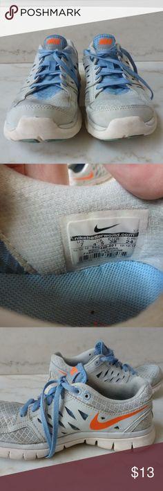 129b5f7910a9 Women s Nike Flex 2013 Run running shoes Classic Nike running shoes in  blue
