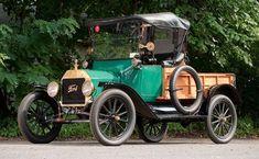 ~1915 Ford Model T Roadster Pickup~ ✏✏✏✏✏✏✏✏✏✏✏✏✏✏✏✏ AUTRES VEHICULES - OTHER VEHICLES ☞ https://fr.pinterest.com/barbierjeanf/pin-index-voitures-v%C3%A9hicules/ ══════════════════════ BIJOUX ☞ https://www.facebook.com/media/set/?set=a.1351591571533839&type=1&l=bb0129771f ✏✏✏✏✏✏✏✏✏✏✏✏✏✏✏✏ #classictrucks