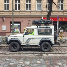 "290 Likes, 2 Comments - @landroverphotoalbum on Instagram: ""Street Smart By @vansofberlin #landrover #Defender90 #landroverdefender #landroverphotoalbum #4x4"""