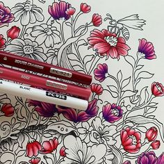 Should have posted this one before my last picture but ooooh well 😂 Prismacolor, Types Of Pencils, Coloured Pencils, Ink Pen Drawings, Rose Drawings, Secret Garden Coloring Book, Diy Y Manualidades, Colored Pencil Techniques, Colouring Techniques