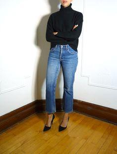 Tommy Hilfiger cropped jeans  https://www.etsy.com/shop/TOKENMTL #vintage #jeans #denim #montreal #mtl #tommyhilfiger #tommyjeans #etsy