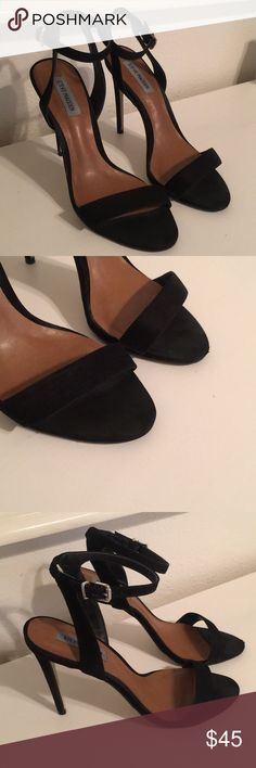 Steve Madden Landen Stiletto Heel Light wear at the toes still in great condition :)  Open to reasonable offers!  Very Comfortable Steve Madden Shoes Heels