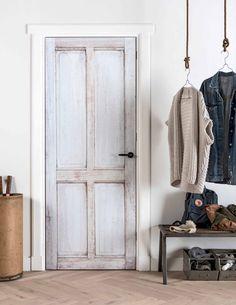 vtwonen deur- en muurstickers | vtwonen stickers for on doors and walls | Fotografie Sjoerd Eickmans | Styling Kim van Rossenberg
