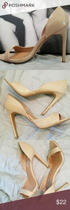 Steve Madden Nude Heels Sz 8.5M  Heel 4.25 Good condition  Has a small mark on underside of area, see photos Steve Madden Shoes Heels