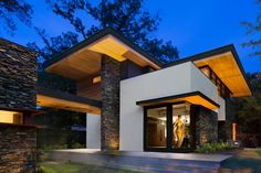 Cantilevered Modern Home With Stacked Stone | Triptych Architecture | HGTV