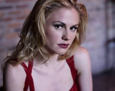 "Anna Paquin- Paquin rose to prominence after winning an Oscar at age for ""The Piano."" Nowadays, as Sookie Stackhouse on HBO's ""True Blood,"" she kicks ass and acts out everyone's secret ""loving a vampire"" fantasies. Claire Danes, Bisexual Celebrities, Celebs, Female Celebrities, Celebrity Portraits, Celebrity Photos, Fox Actress, True Blood Series, Anna"