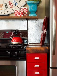 30 low cost cabinet makeovers: Fresh Color
