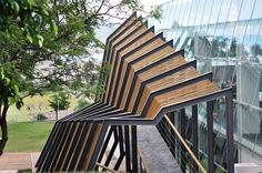 Review: Rhino 5 Revs It Up - News - Architectural Record...love this.