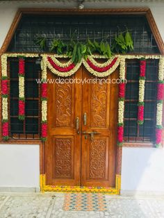 Diwali Decorations At Home, Floral Wedding Decorations, Stage Decorations, Flower Decorations, Door Flower Decoration, Gate Decoration, Entrance Decor, House Warming Ceremony, Temple Design For Home