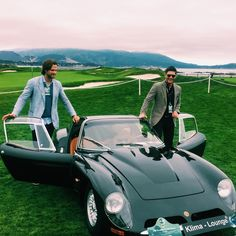 J2, Concours D'elegance, Pebble Beach, 2016 - I'm not convinced either one of them can actually fit in that car.