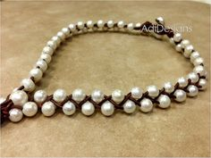 Leather and Freshwater Pearl Necklace MaLee от AdiDesigns на Etsy